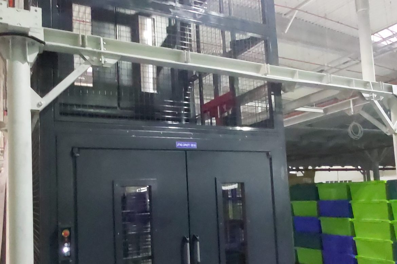 Lift de marfa hidraulic